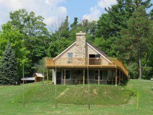 Beaver Lodge Deck