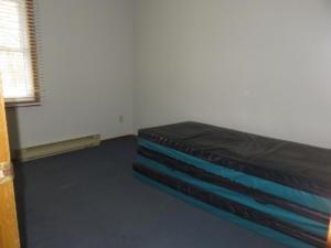 12 Black's - main floor -Bedroom