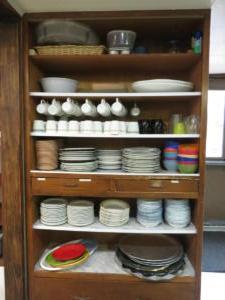 16 Beaver - main floor -Dining area, dinner ware