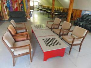 23 Beaver - main floor -Enjoy our games table, please return game pieces to their bin