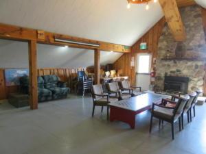 22 Beaver - main floor -Louge area, door to front deck